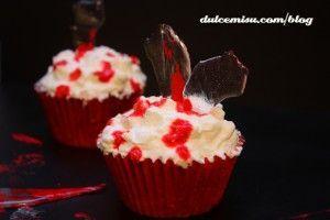 Cupcakes-red-velvet-Halloween-(42)